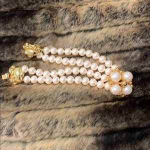Stunning pearl bracelet gold/plate. #A286